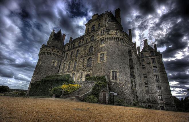 Замки захватывающие наши сердца и пленящие воображение
