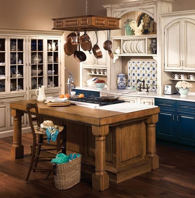 Кухня в стиле прованс обязательно должна быть из дерева