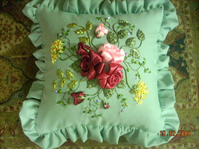 Подушки из лент видео