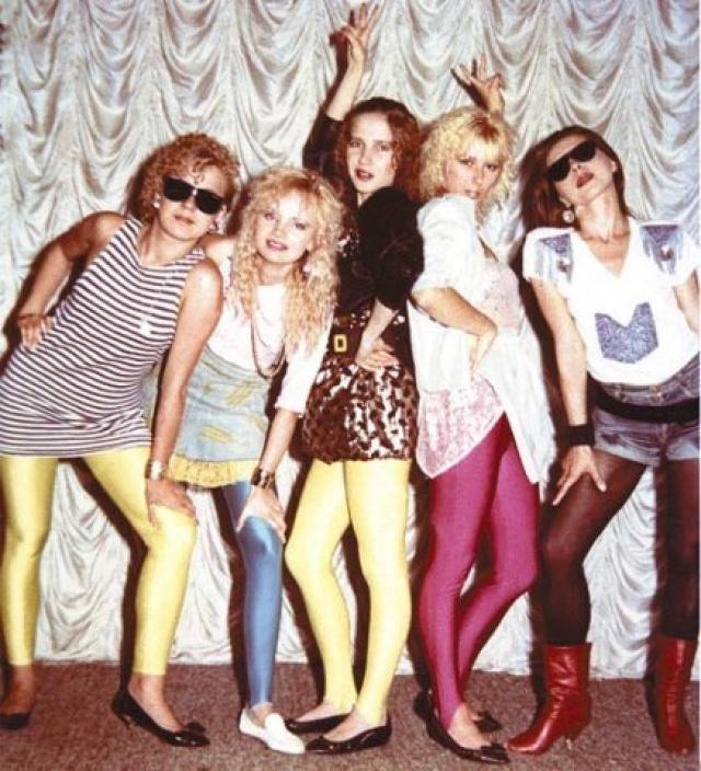 Мода 90-ых: 13 улетных вещей, которые  все носили тогда