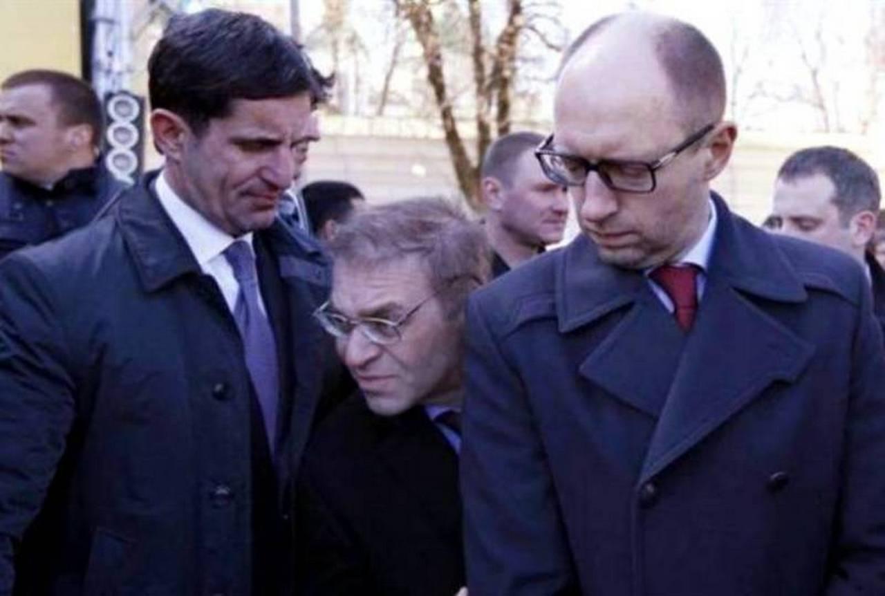 Банда «Украина» объявляет войну. Анатолий Вассерман