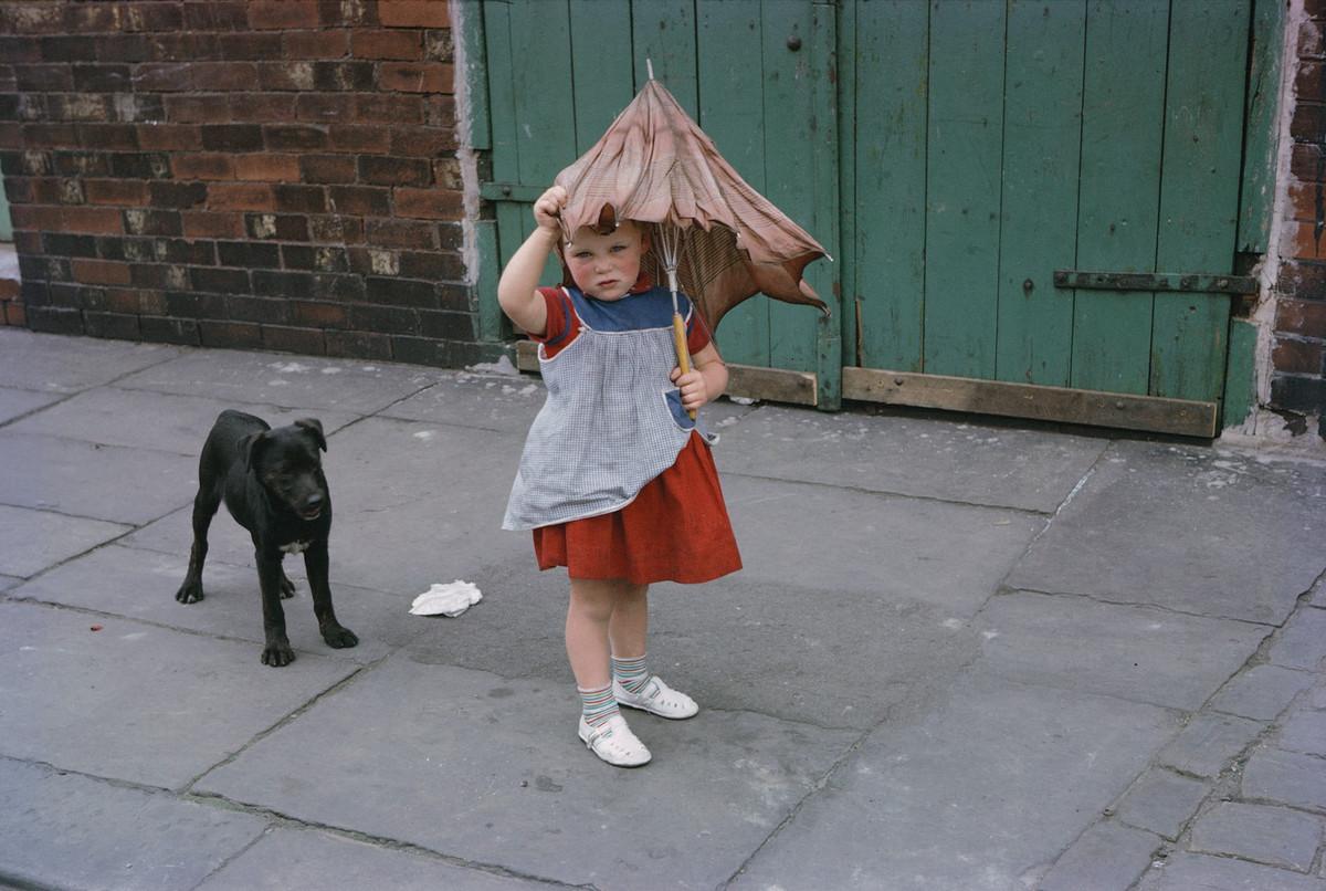 Обаяние трущоб Манчестера в фотографиях Ширли Бейкер 1960-х годов 1