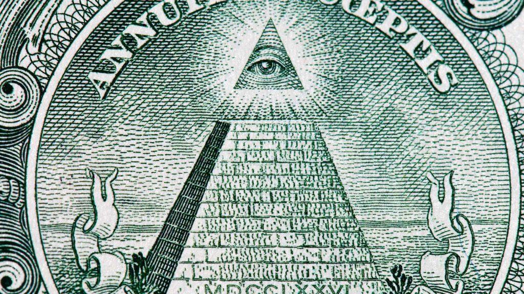 12 теорий заговоров, в которые верят миллионы