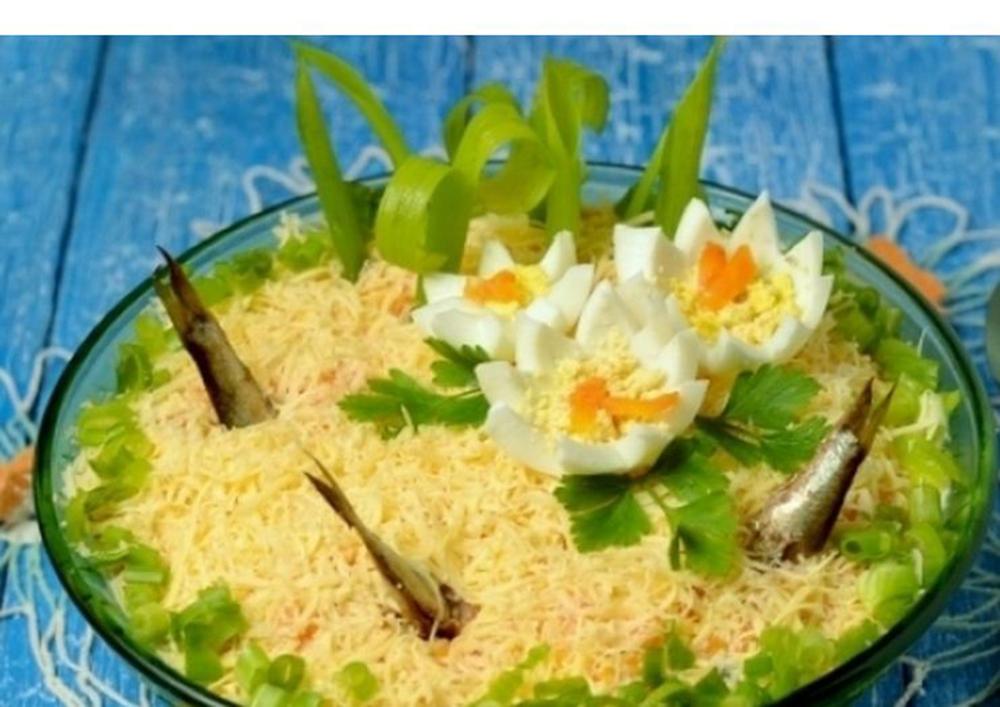 Салат рыбки в пруду со шпротами пошаговый рецепт с