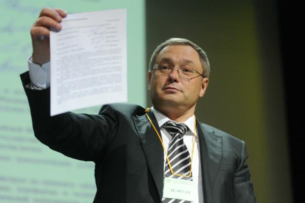 Экс-сенатора Глеба Фетисова отпустили под домашний арест
