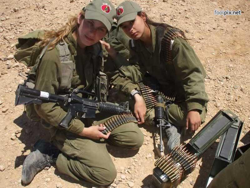 Девушки на службе в армии фото 52