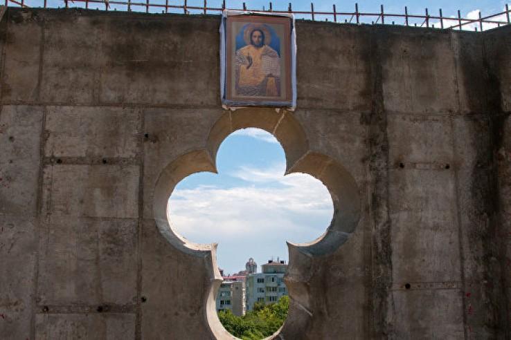 В Ливадии восстановят церков…