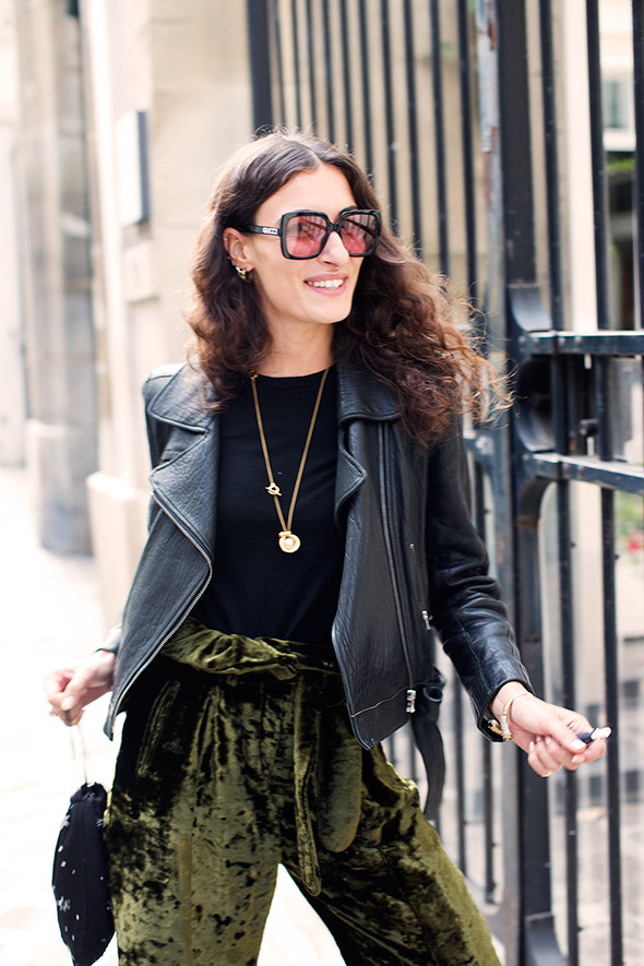 On the Street…Giulia, Paris