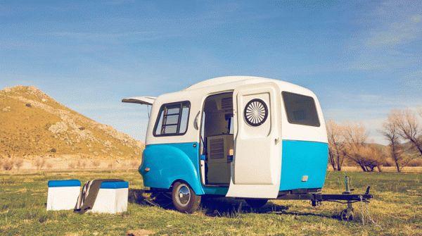 На первый взгляд, это обыкновенный маленький фургон. Но вы будете удивлены узнав, что там внутри!