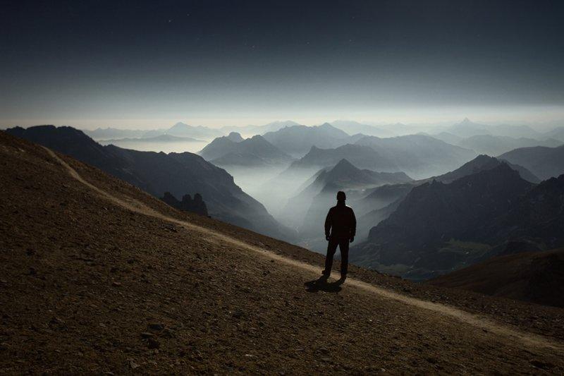 Фотограф собственной персоной на Мон Табор ( 3 178 м), Франция горы, красиво, небо, облака, природа, творчество, фото, фотограф