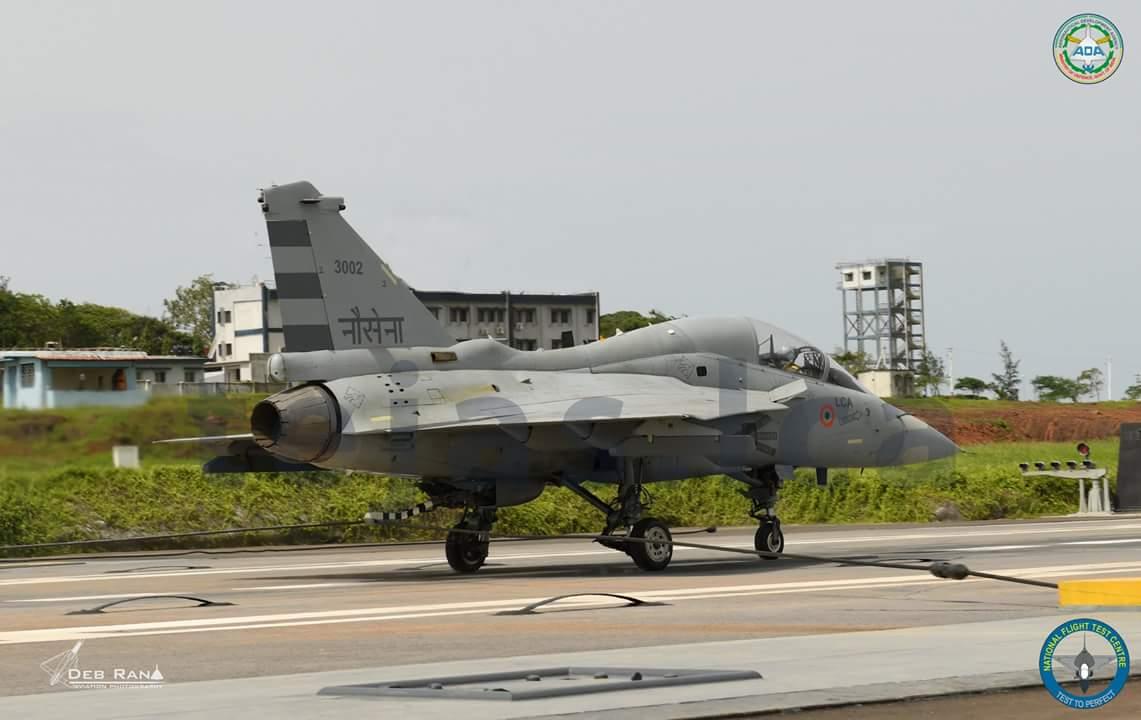В Индии возобновлены испытания палубного варианта истребителя Tejas