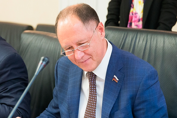 17. Виктор Абрамов