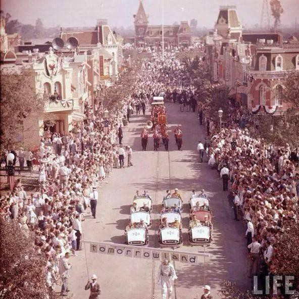 3. Диснейленд в день открытия.1955 год. история, неизвестные фото, фото