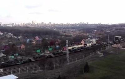 Габонские СМИ: Российские танки всегда едут в Украину!!