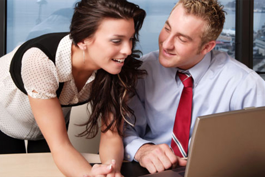 Должен ли любовник финансово…