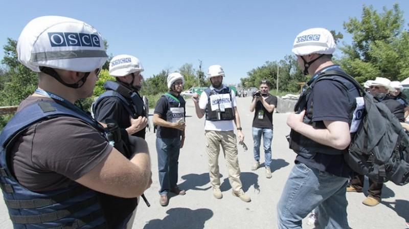 Миротворцев в Донбассе не бу…