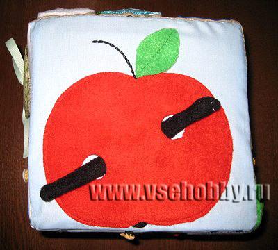 развивающий кубик для малыша грань с яблоком и червяком