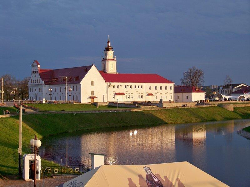 Иезуитский коллегиум 17 века - восстановленный в 2008 году Орша, беларусы, длиннопост, красивые города, лукашенко, путешествия