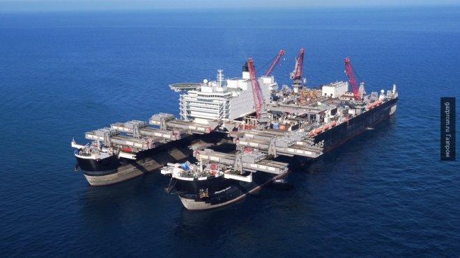 Судно Pioneering Spirit направилось в Чёрное море для укладки «Турецкого потока»
