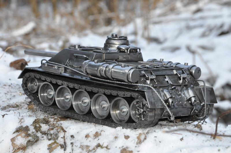 Самоходная модель танка своими руками