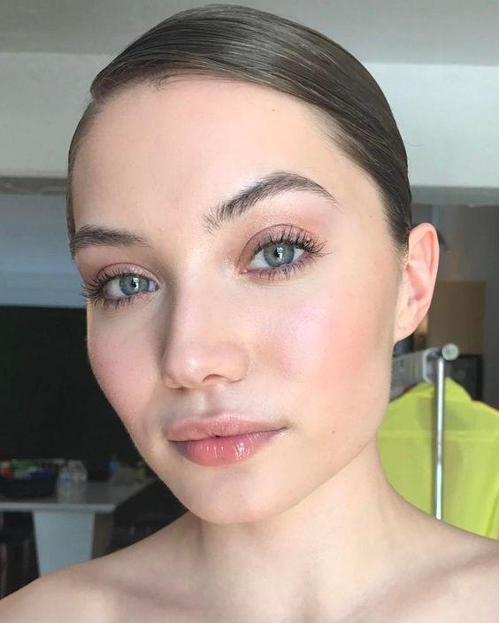 Какие тренды макияжа будут актуальны в 2018 году, а о каких пора забыть