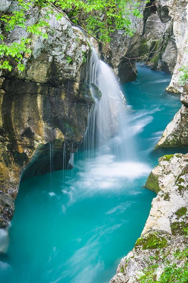 «Изумрудная красавица» – одна из самых прекрасных рек на Земле