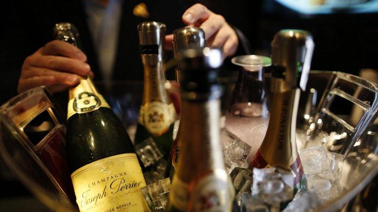 Bild: в Кремле открывают шампанское — «дестабилизация Германии» приносит плоды