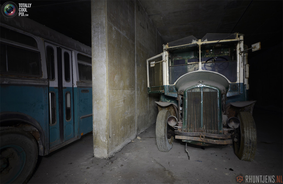 Старый общественный транспорт