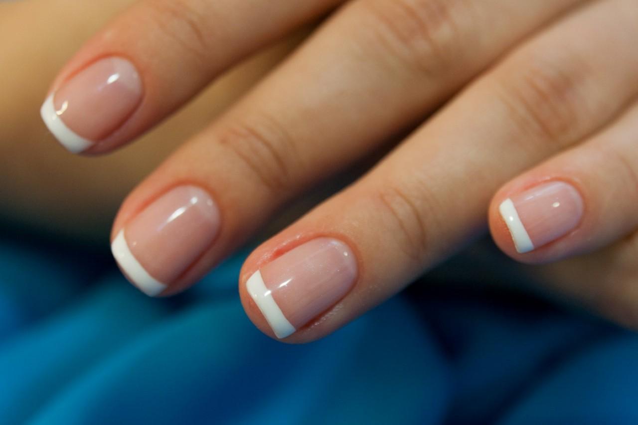 Знаки на ногтях руки