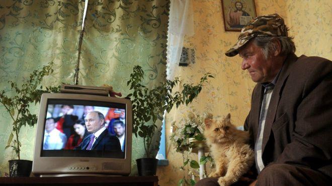 """Что стало с теми, кто звонил Путину на """"прямую линию"""""""