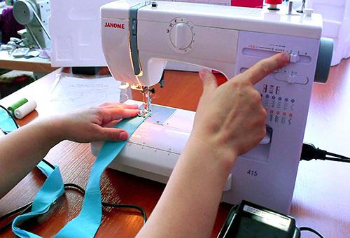 Настраиваем швейную машинку