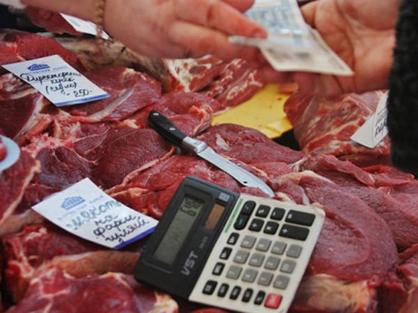 Осеннее обострение: поставщики предупредили о подорожании молока и мяса на 10%