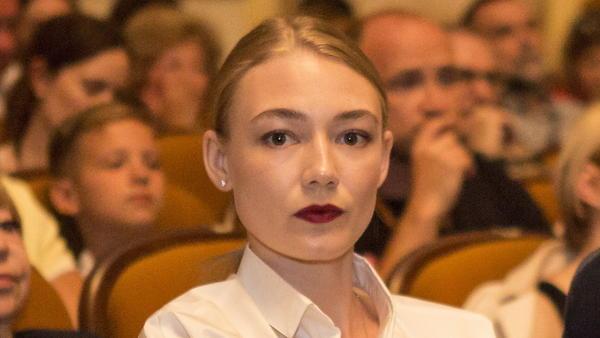 Оксана Акиньшина вышла на ра…