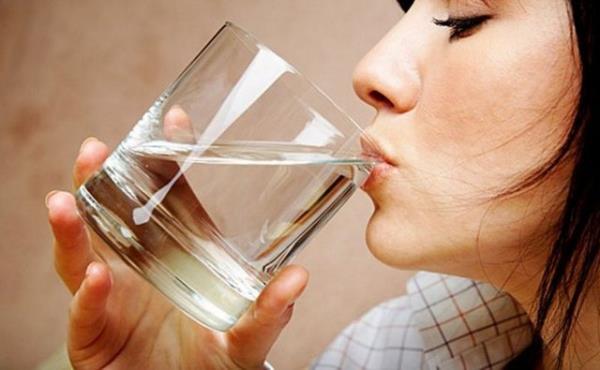Как вода может помочь похудеть