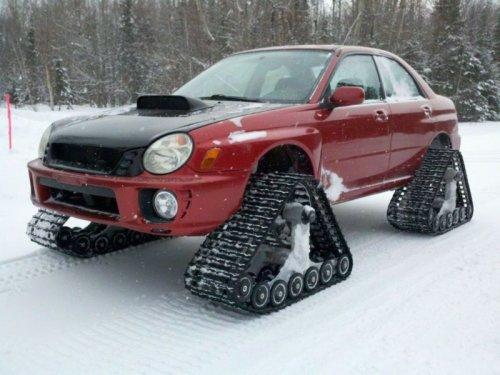 Subaru Impreza на гусеничном ходу