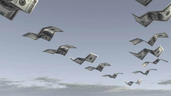 Сбербанк пережил масштабный отток валюты