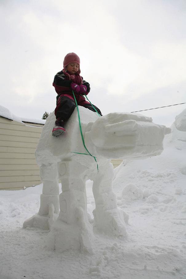 snow-sculpture-art-snowman-winter-11__605