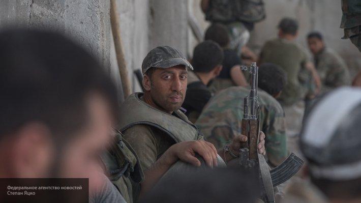 В кадр попал трудный бой САА с ИГ, развернувшийся в Хомсе