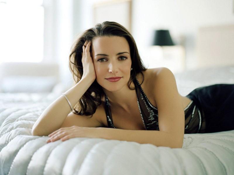 Эталон современности: 20 самых красивых актрис Голливуда по мнению Google