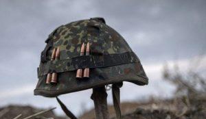 При погрузке военной техники погиб украинский боевик, трое получили ранения