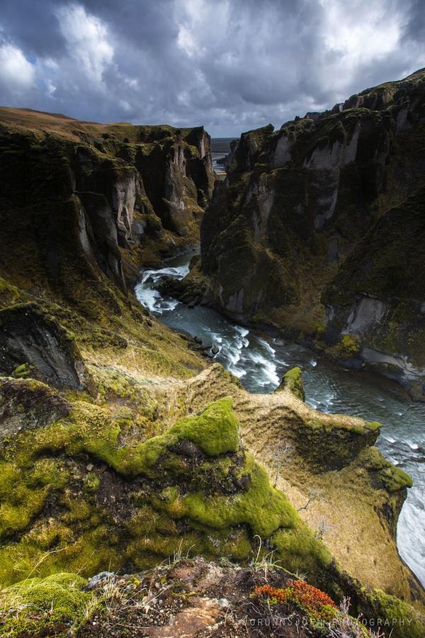 Красивейший каньон Исландии исландия, Фьядрарглуфюр, каньон