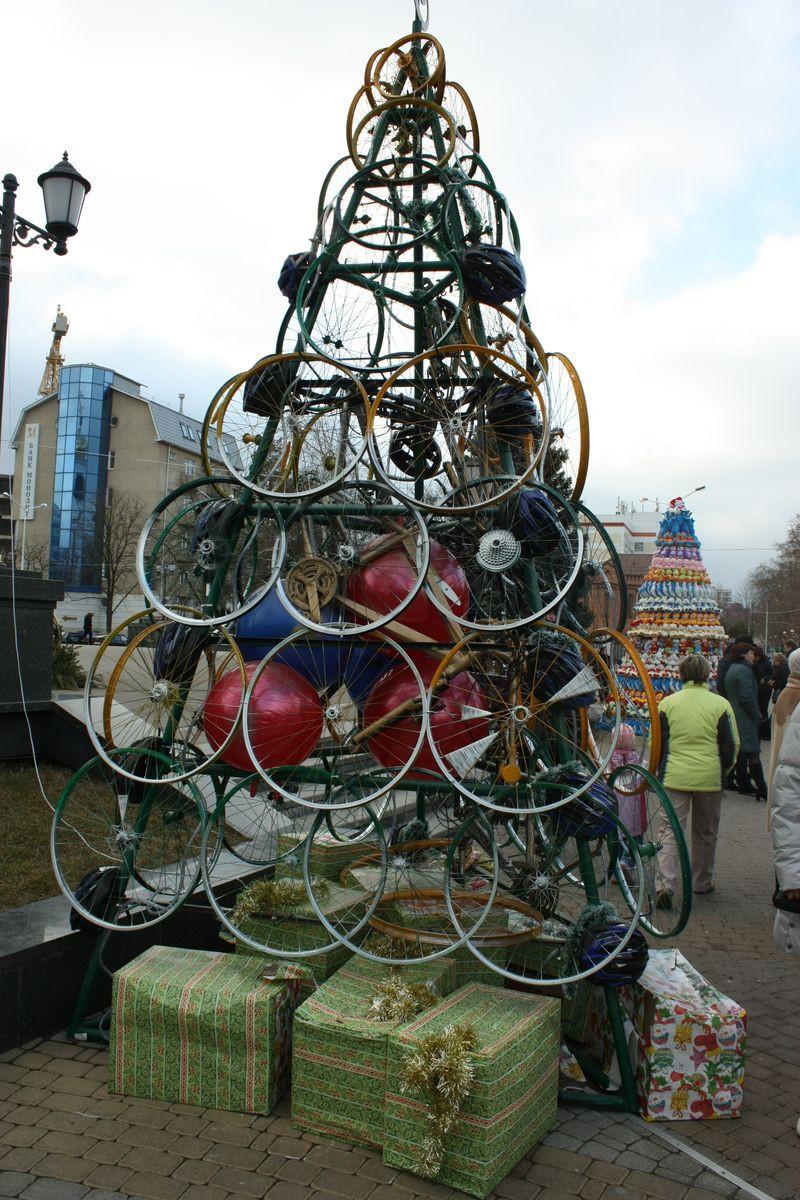 Ёлки бывают разные дизайн, краснодар, новый год, ёлки