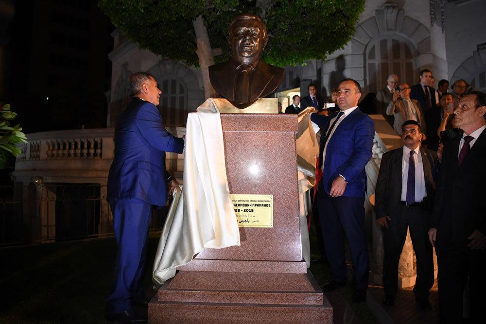 В столице Египта открыли памятник Евгению Примакову
