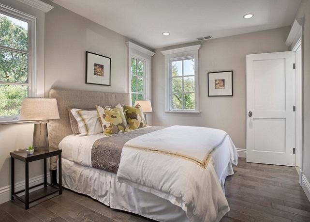 Как правильно расположить кровать в спальне, или секреты спокойного сна