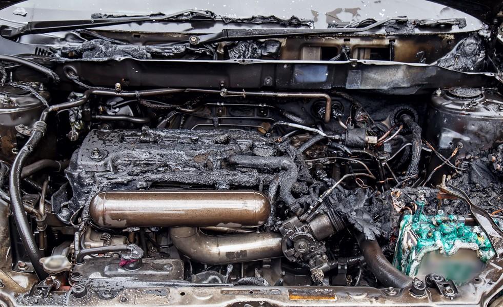 Почему в главных бедах моторов не виноват бензин
