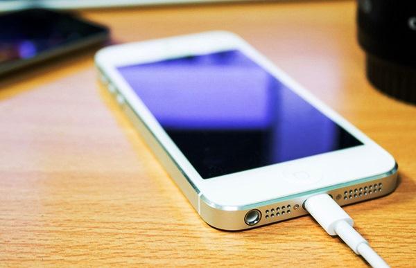 Как правильно заряжать смартфон/планшет?