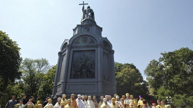 Le Monde: Памятник Владимиру I заставит россиян забыть, откуда они родом