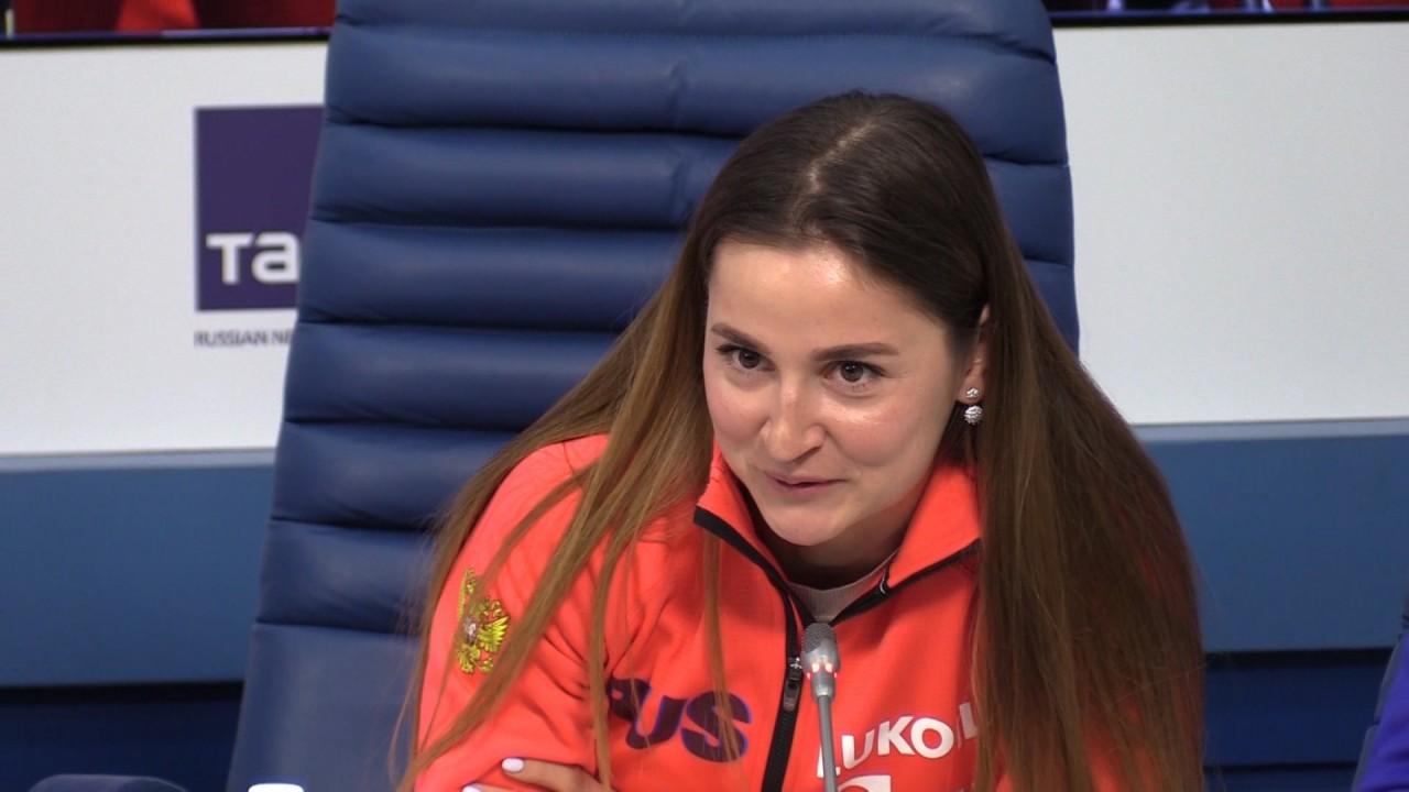 Российскую лыжницу дисквалифицировали за удар шведской спортсменки палкой