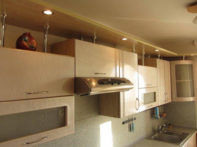 Дизайн кухни 7 кв.м, объединенной с балконом. обсуждение ....