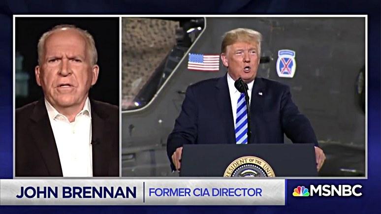 Экс-директор ЦРУ: Трамп запятнал должность президента США